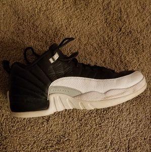Jordan 12 low